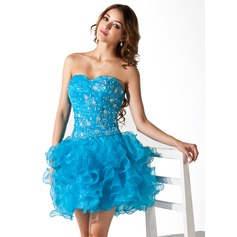 A-Line/Princess Sweetheart Short/Mini Organza Homecoming Dress With Lace Beading Sequins Cascading Ruffles