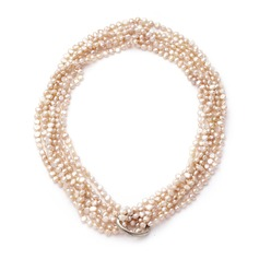 Attractive Pearl Ladies' Necklaces