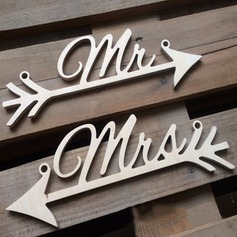 """MR & MRS"" Tre Wedding Sign (sett av 2) (131103618)"