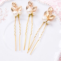 Leaves Shaped Gold Plated Hairpins (Set of 3)