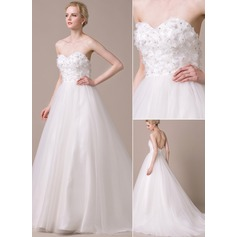 Ball-Gown Sweetheart Chapel Train Tulle Lace Wedding Dress With Beading Flower(s) Sequins