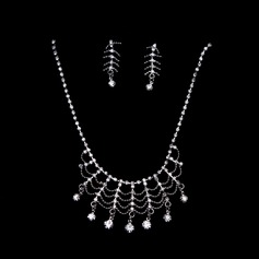 Chic Alloy/Rhinestones Women's Jewelry Sets