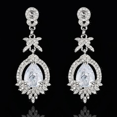 Luxurious Zircon Ladies' Earrings