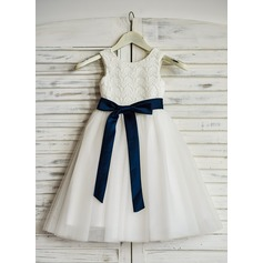 A-Line/Princess Tea-length Flower Girl Dress - Tulle Sleeveless Scoop Neck With Lace/Sash