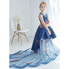 A-Line/Princess Knee-length Flower Girl Dress - Satin/Lace Sleeveless Scoop Neck With Lace/Appliques