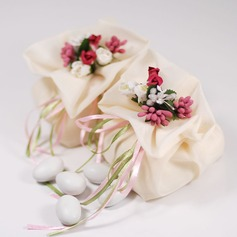 Pretty Floral Theme Favor Bags With Flowers/Ribbons (Set of 12)