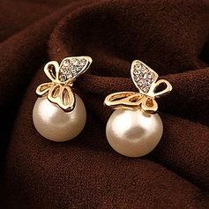 Beautiful Alloy Czech Stones With Imitation Pearl Ladies' Fashion Earrings
