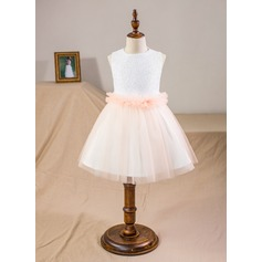 A-Line/Princess Knee-length Flower Girl Dress - Satin/Tulle/Sequined Sleeveless Scoop Neck With Sequins