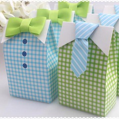 Nice Cuboid Favor Boxes With Ribbons