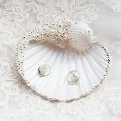 Beautiful/Seashell Ring Pillow With Pearl