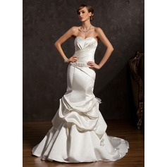 Trumpet/Mermaid Sweetheart Chapel Train Satin Wedding Dress With Ruffle Beading Bow(s)