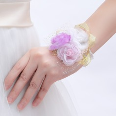 Sweet Round Artificial Silk Wrist Corsage