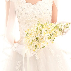 Charming Free-Form Artificial Silk Bridal Bouquets -