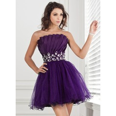 A-Line/Princess Scalloped Neck Short/Mini Taffeta Tulle Homecoming Dress With Ruffle Beading Sequins
