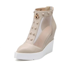 Leatherette Wedge Heel Platform Closed Toe Wedges With Rivet shoes (116063814)