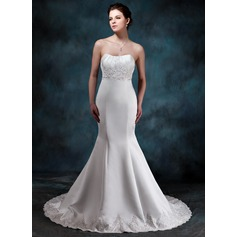 Trumpet/Mermaid Sweetheart Court Train Satin Wedding Dress With Ruffle Beading Appliques Lace