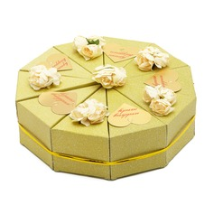 Heart style Pyramid Favor Boxes With Flowers