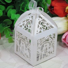 Exquisite Cutout Lovers Laser Cut Favor Box (Set of 12) (050026307)