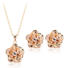 Flower Shaped Copper Ladies' Jewelry Sets