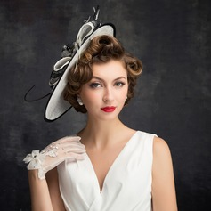 Ladies' Vintage Feather/Net Yarn/Lace/Tulle/Linen With Feather Fascinators