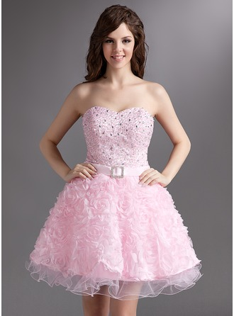 A-Line/Princess Sweetheart Short/Mini Organza Homecoming Dress With Beading Flower(s)