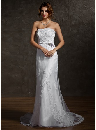 Sheath/Column Strapless Court Train Tulle Wedding Dress With Lace Beading Crystal Brooch Bow(s)