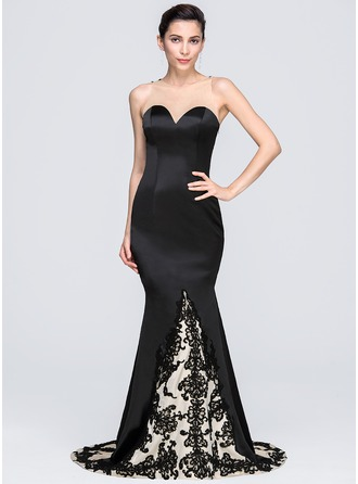 Trumpet/Mermaid Scoop Neck Chapel Train Satin Evening Dress With Appliques Lace