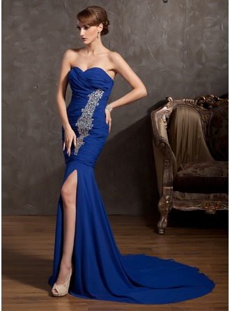 Trumpet/Mermaid Sweetheart Court Train Chiffon Evening Dress With Ruffle Beading Split Front