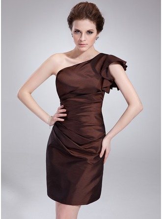 Sheath/Column One-Shoulder Knee-Length Taffeta Cocktail Dress With Ruffle