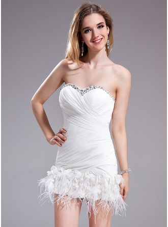 Sheath/Column Sweetheart Short/Mini Chiffon Cocktail Dress With Ruffle Beading Feather Flower(s)