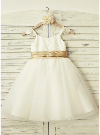 A-Line/Princess Knee-length Flower Girl Dress - Tulle/Lace Short Sleeves Straps With Lace/Pleated