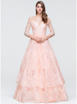 Ball-Gown Off-the-Shoulder Floor-Length Lace Prom Dress