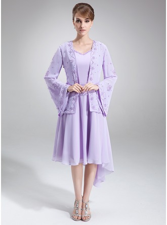 A-Line/Princess V-neck Asymmetrical Chiffon Mother of the Bride Dress With Beading