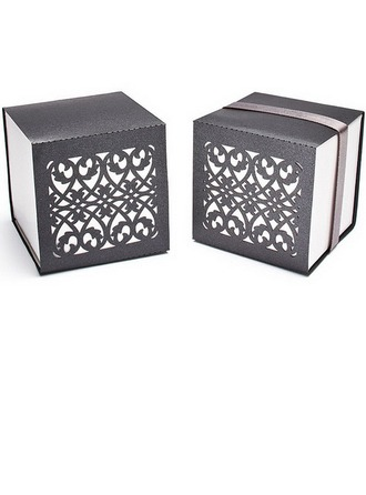 Chic Chinese Style Cubic Favor Boxes With Ribbons