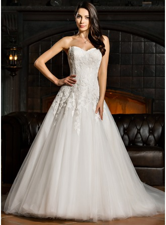 Ball-Gown Sweetheart Court Train Tulle Lace Wedding Dress