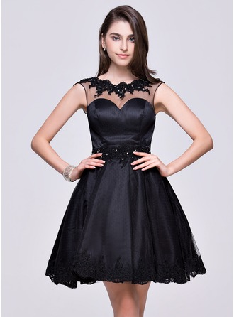 A-Line/Princess Scoop Neck Short/Mini Tulle Homecoming Dress With Beading Appliques Lace Sequins