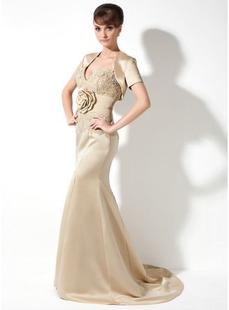 Trumpet/Mermaid Sweetheart Court Train Chiffon Satin Mother of the Bride Dress With Lace Flower(s) Split Front