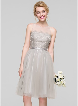 A-Line/Princess Scoop Neck Knee-Length Tulle Cocktail Dress