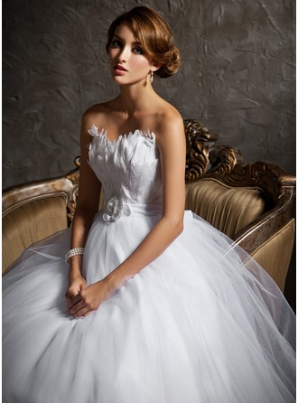 Ball-Gown Sweetheart Court Train Tulle Wedding Dress With Beading Feather Flower(s)