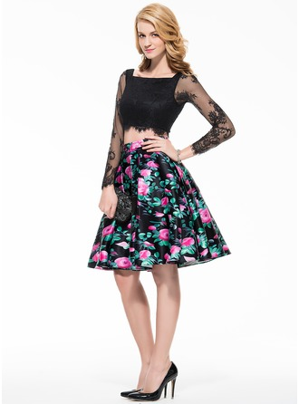 A-Line/Princess Square Neckline Knee-Length Lace Homecoming Dress