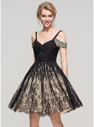 A-Line/Princess Off-the-Shoulder Knee-Length Lace Cocktail Dress With Ruffle Beading Sequins
