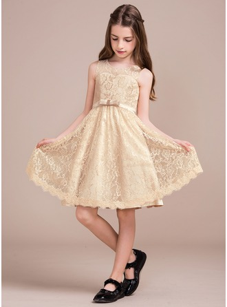 A-Line/Princess Knee-length Flower Girl Dress - Charmeuse/Lace Sleeveless Scoop Neck With Bow(s)