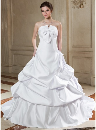 Ball-Gown Scalloped Neck Chapel Train Satin Wedding Dress With Ruffle Bow(s)
