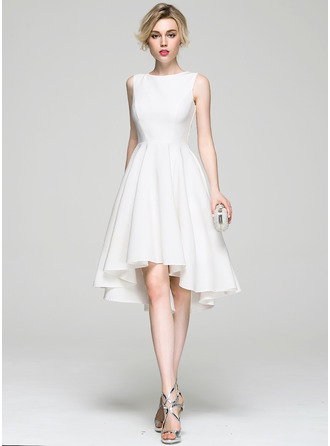 A-Line/Princess Scoop Neck Asymmetrical Satin Cocktail Dress