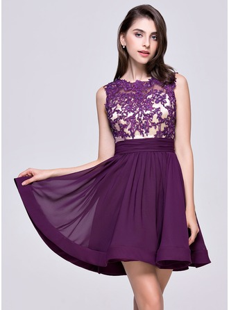 A-Line/Princess Scoop Neck Short/Mini Chiffon Homecoming Dress With Ruffle Beading Appliques Lace Sequins