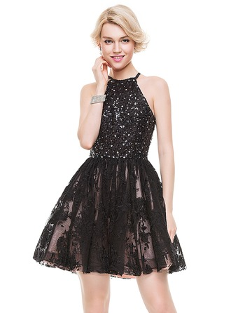 A-Line/Princess Scoop Neck Short/Mini Tulle Lace Cocktail Dress With Beading Sequins