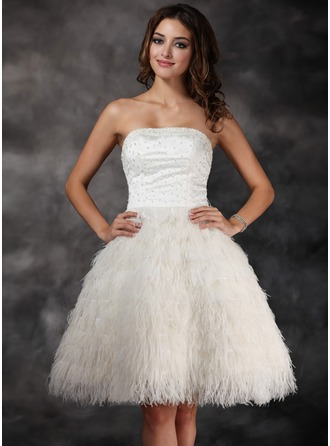 A-Line/Princess Strapless Knee-Length Satin Feather Cocktail Dress With Beading