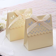 Favor Boxes With Ribbons