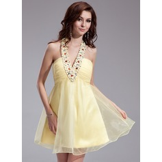 A-Line/Princess Halter Short/Mini Organza Homecoming Dress With Ruffle Beading