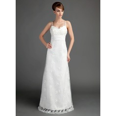 A-Line/Princess Sweetheart Floor-Length Lace Wedding Dress With Ruffle Beading
